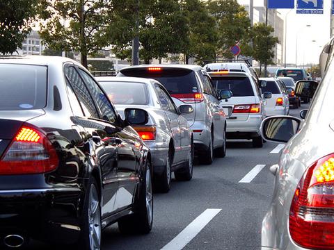 東名高速の渋滞を迂回